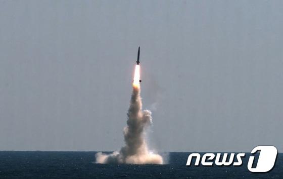 독자 개발 SLBM 발사시험 \'성공의 순간\'