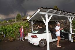 [사진] 화산 폭발 대피 준비하는 스페인 주민들