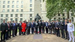 영국 한국전 참전비 찾은 국가보훈처