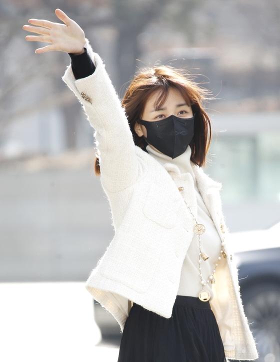 박하선 '가벼워진 옷차림'