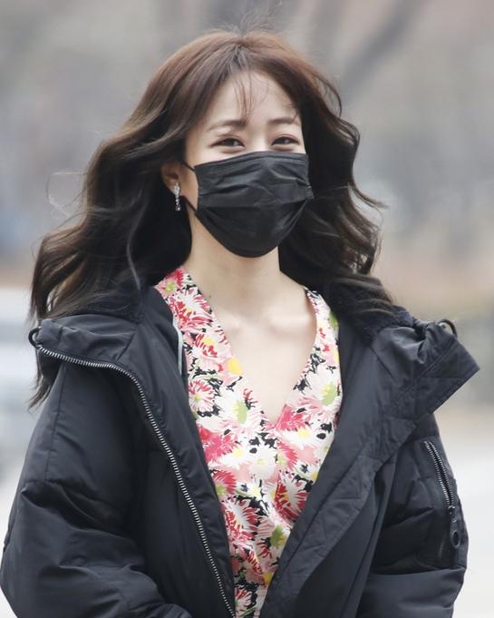 김효진, 화사한 봄꽃미소