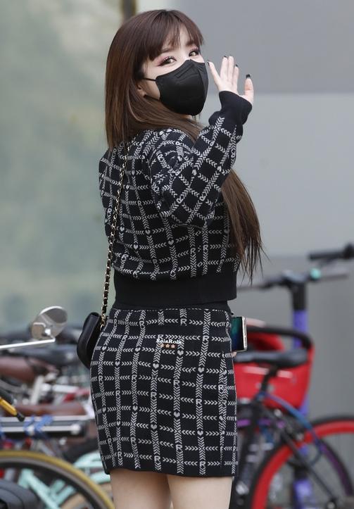 박봄, 뒤태가 예뻐야 진짜 미인