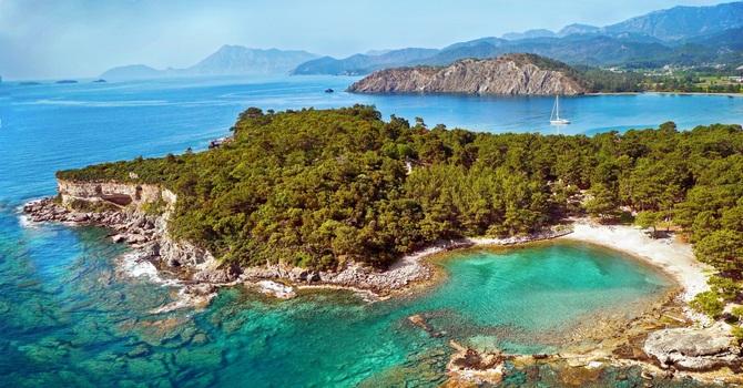 옥빛 바다로, 깊은 숲속으로 달린다…터키 카라반 캠핑 코스 3곳